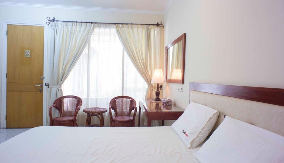 RedDoorz @Pejaten Raya Jakarta - RedDoorz Room Special Promo Gajian