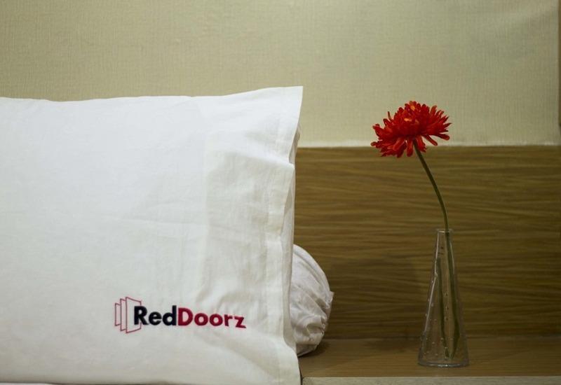 RedDoorz at Alam Sutera - Kamar tamu