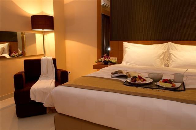Prime Royal Hotel Surabaya - Superior Room Regular Plan