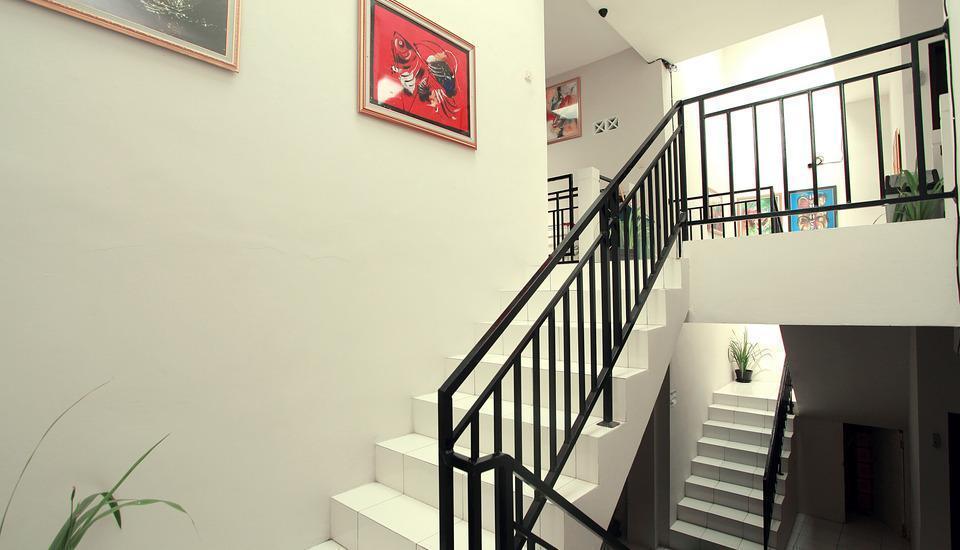 Maleo Kostel Cempaka Putih Yogyakarta - Interior