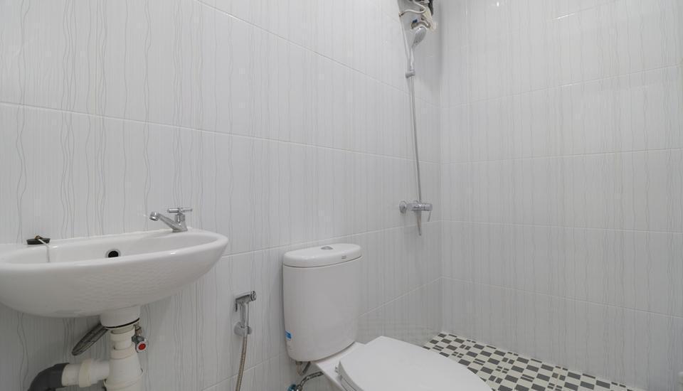 Taman Eden Batam Center Guesthouse Batam - Double Room Regular Plan
