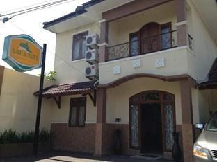 Larasati Guest House Yogyakarta - Front View