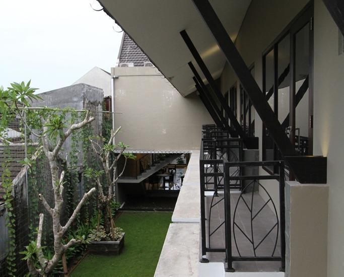 Ommaya Hotel Solo - balcon-1