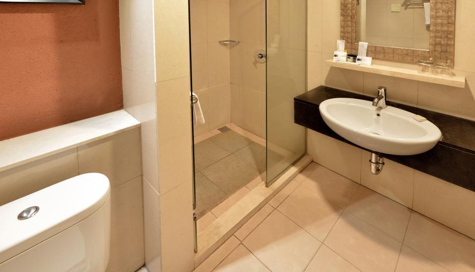 Banana Inn Hotel Bandung -  Bathroom Deluxe