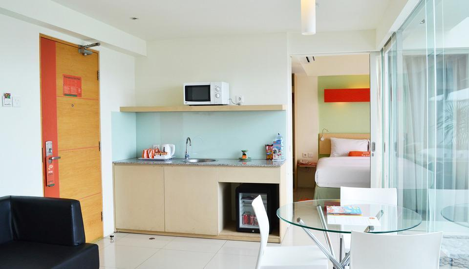 HARRIS Hotel Kuta - HARRIS Sunset Suite with Breakfast Regular Plan