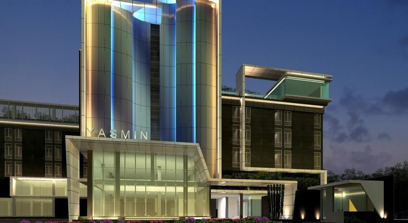 Yasmin Hotel Karawaci - Exterior