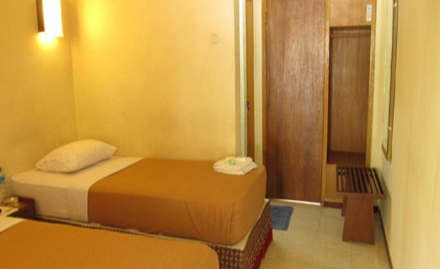 Hotel Lestari Jember - Standard Room Regular Plan