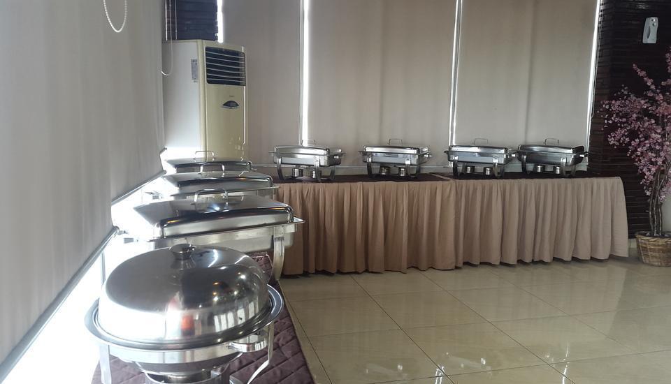 Beril Nur Hotel Makassar - Sarapan prasmanan