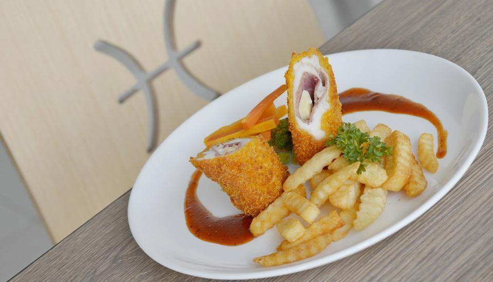 Zodiak Kebon Kawung Bandung - Chicken Cordon Bleu