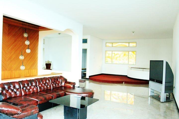 Rumah Pinus Guesthouse Bandung - Lobby