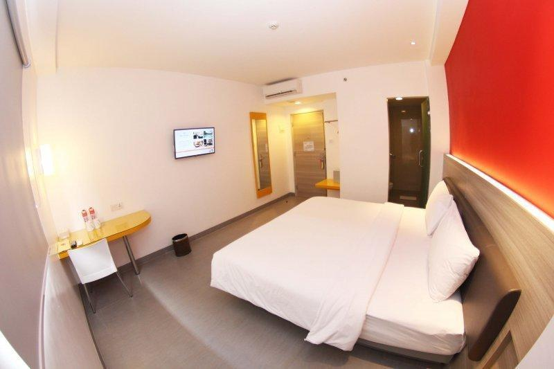 Amaris Hotel Sriwedari Solo - Smart Room Hollywood Special Promo Last Minute Deal 2018