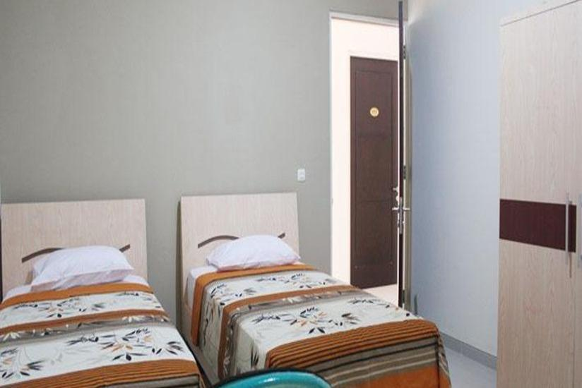 IKIRU to live Hotel Surabaya - Kamar tamu