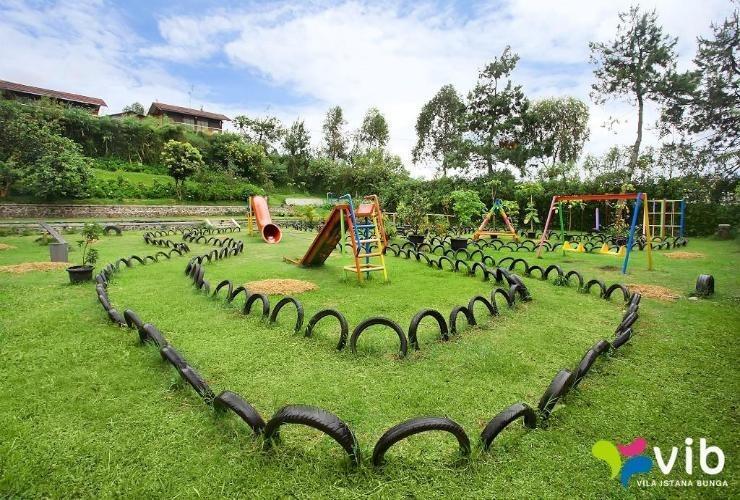 Villa K2 - 6 Istana Bunga - Lembang Bandung Bandung - 3