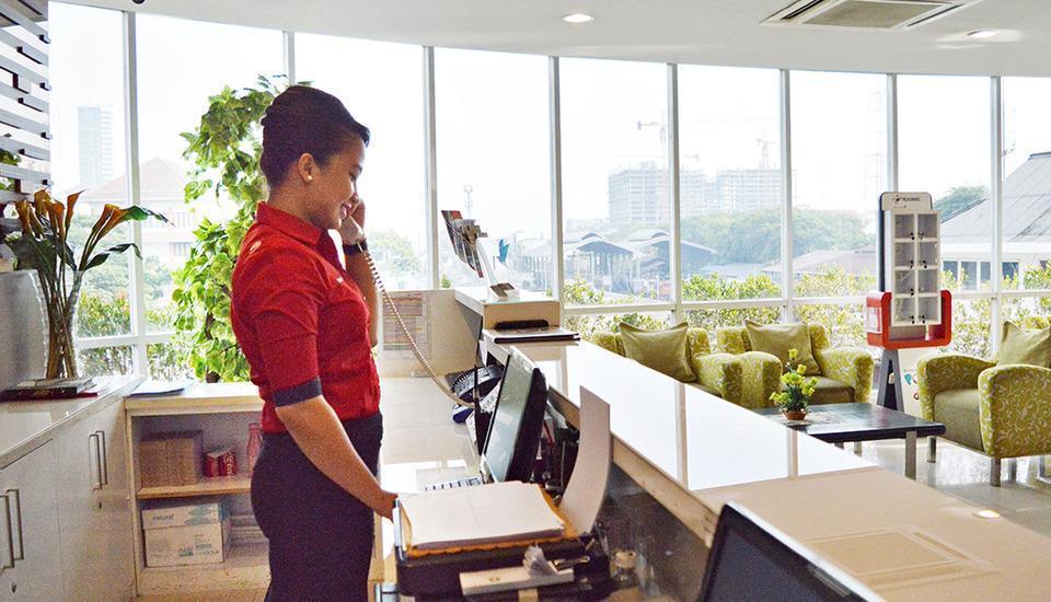 D Primahotel Medan - Front Office