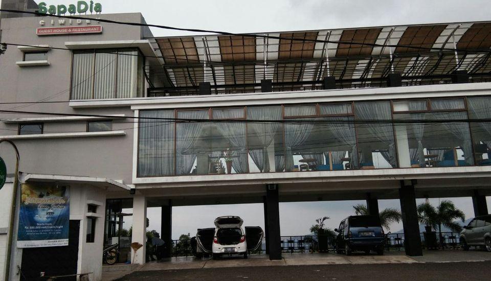 Sapadia Guesthouse & Restaurant Ciwidey Bandung - Tampak Depan
