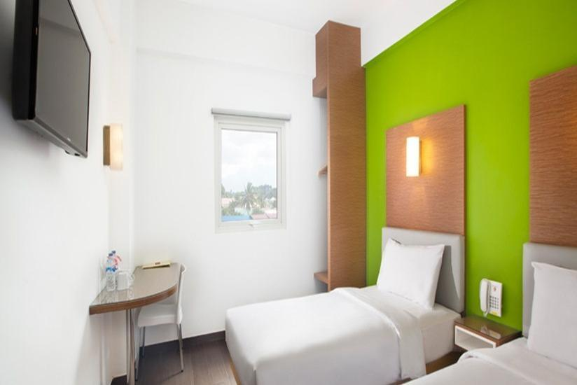 Amaris Simpang Lima -  Smart Room Twin Offer Last Minute Deal