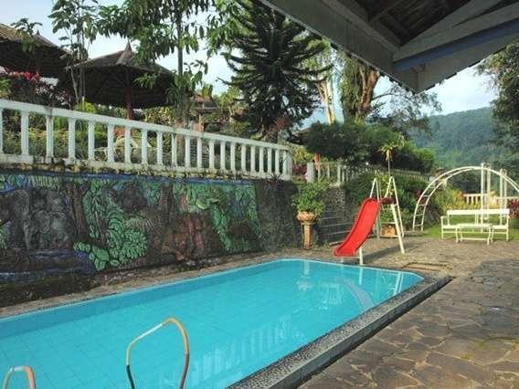 Hotel Inna Tretes - Kolam Renang
