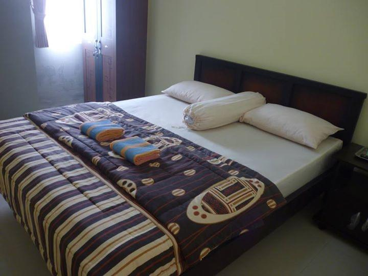 Bunga Matahari Guest House Malang - Kamar tamu