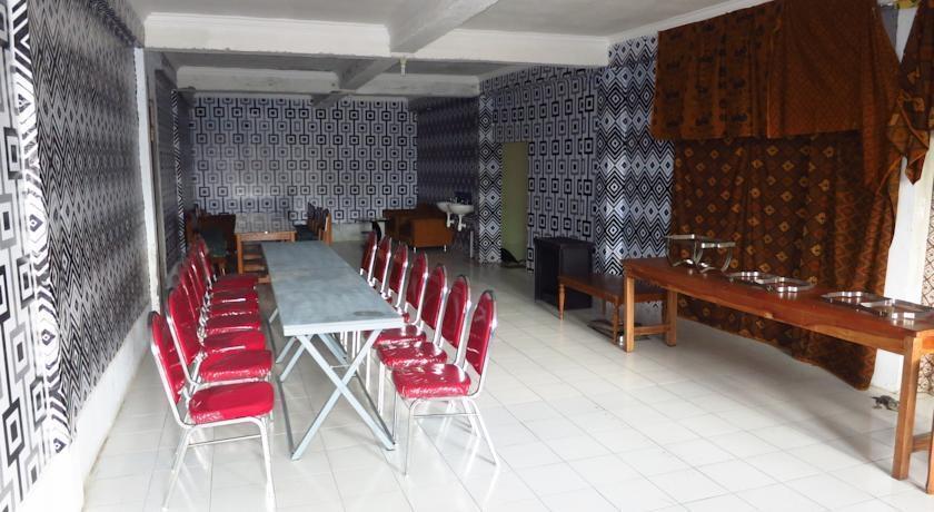 Bunga Matahari Guest House Malang - Restoran