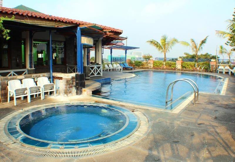 Hotel Imperium Bandung - Swimming Pool