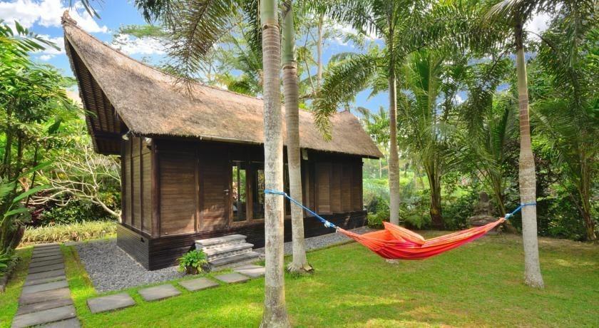 Jendela di Bali Villa Bali - Tampilan Luar Hotel