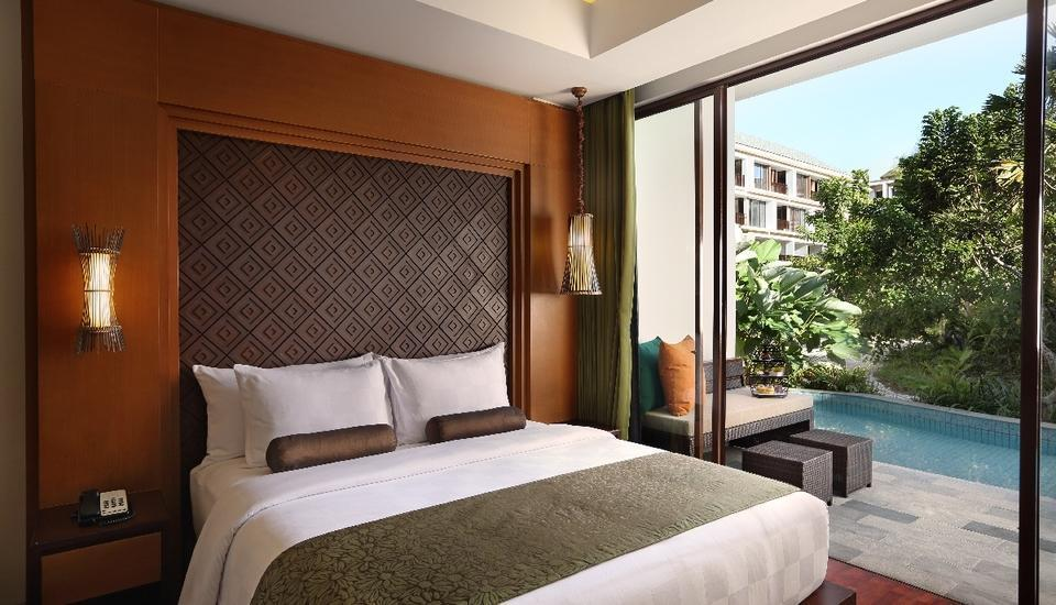Golden Tulip Jineng Bali - Suite Pool View Room  Save 58%