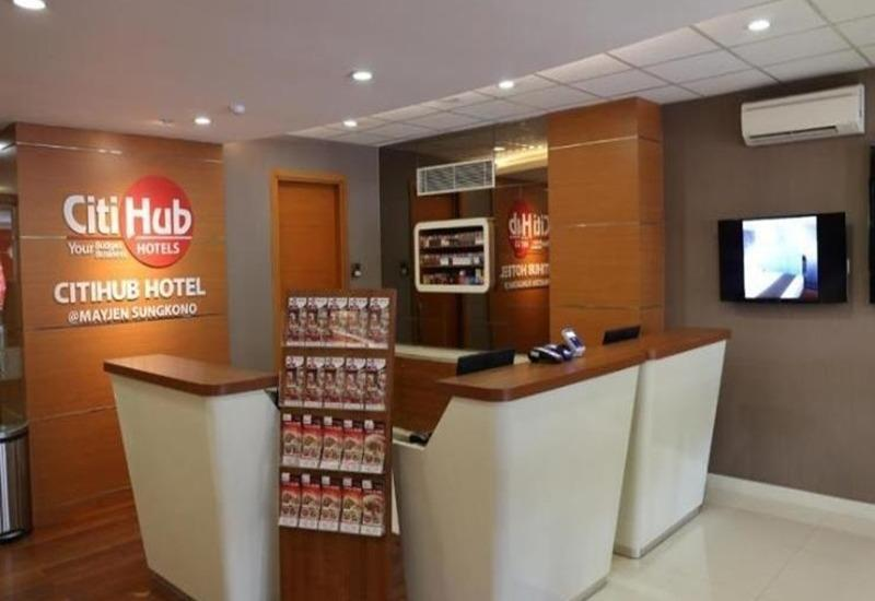 Citihub Hotel at Mayjen Sungkono Surabaya - Interior