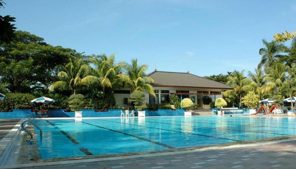 Metro Hotel Bekasi - Kolam Renang