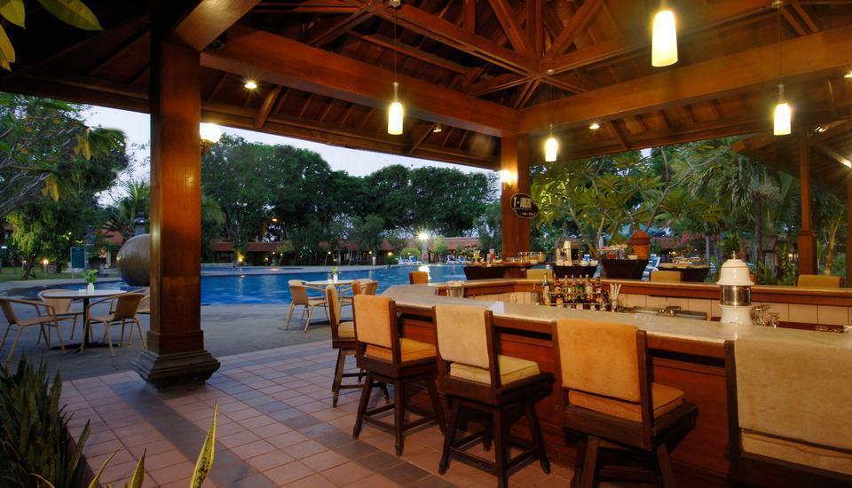 Singgasana Hotel Surabaya - bar