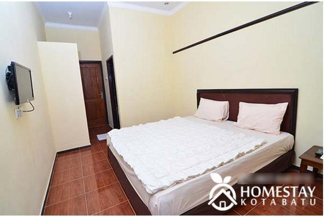 Ani Homestay Malang - Rooms