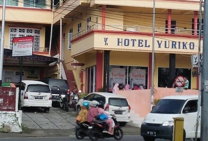 Hotel Yuriko Padang - Properti
