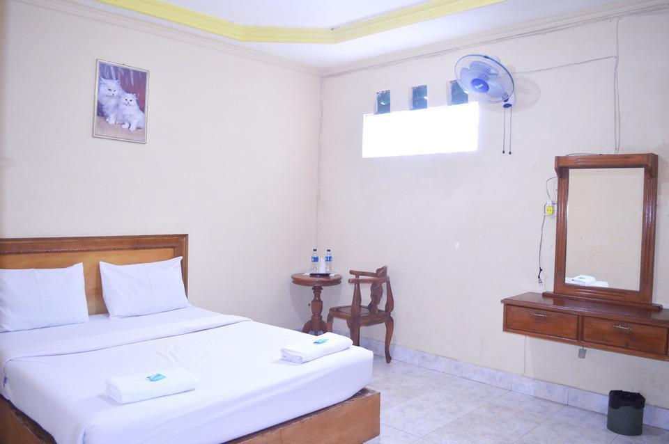 Hotel Yuriko Padang - Superior Rom
