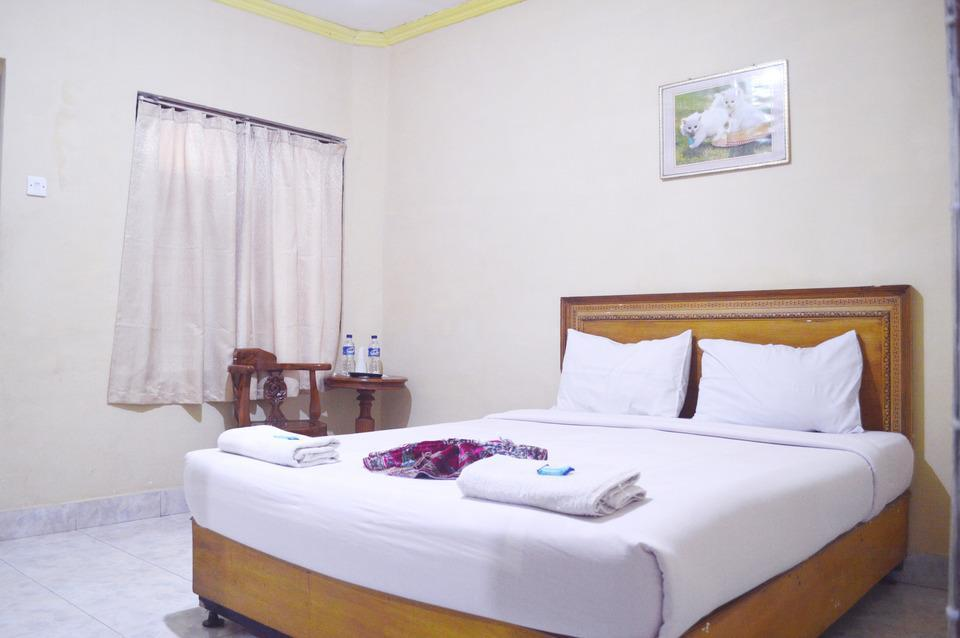 Hotel Yuriko Padang - Kamar Superior