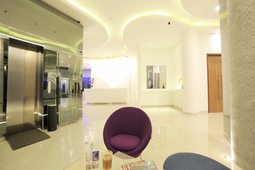 Ozone Hotel Jakarta - Lobby