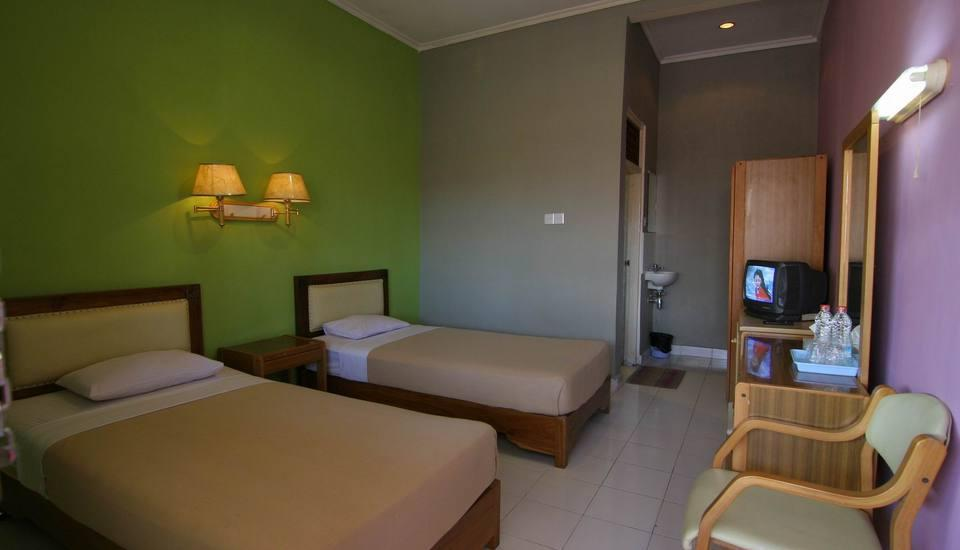 Hotel Hapel Semer Bali - Kamar Deluxe Twin Regular Plan