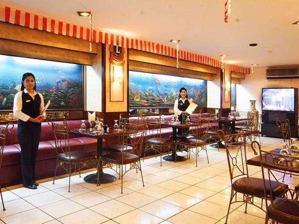 Losari Beach Hotel Makassar - Samalona Coffee Shop