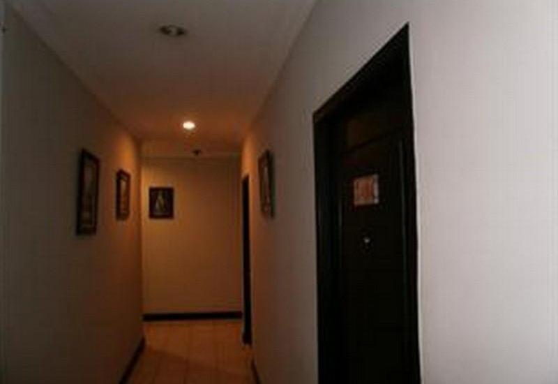 ZUZU Hotel Feodora Hotel - Corridor