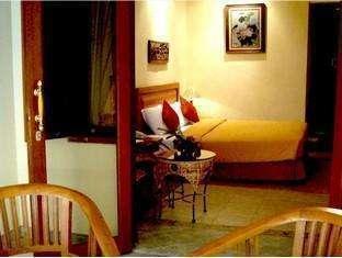 Lotus Garden Hotel Kediri - Family Suite Regular Plan