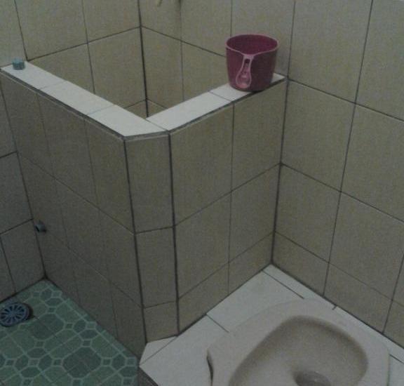 Pondok Inap Shofwa Surabaya - Bathroom