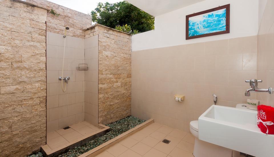 ZEN Premium Pecatu Tanjung Simah Bali - bathroom