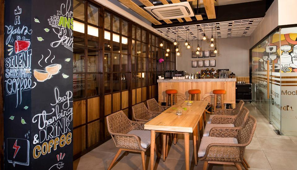 Ayaartta Hotel Malioboro Yogyakarta - Hypnotized Bar