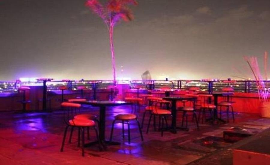 LYNT Hotel Makassar - Restoran