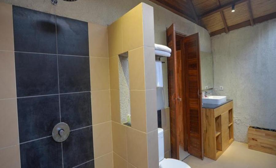 Gili Air Lagoon Resort Lombok - Kamar mandi