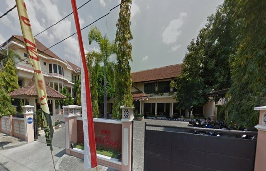 Hotel Setia Budi Madiun - Eksterior