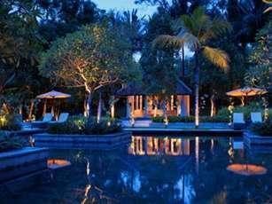 Sheraton Mustika Yogyakarta Yogyakarta - Kolam Renang Taman Sari