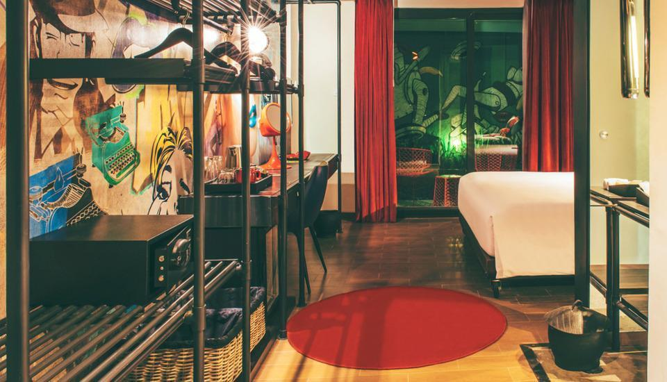Dash Hotel Seminyak - Dash Studio City View with Breakfast Pegipegi Bali Special Promotion