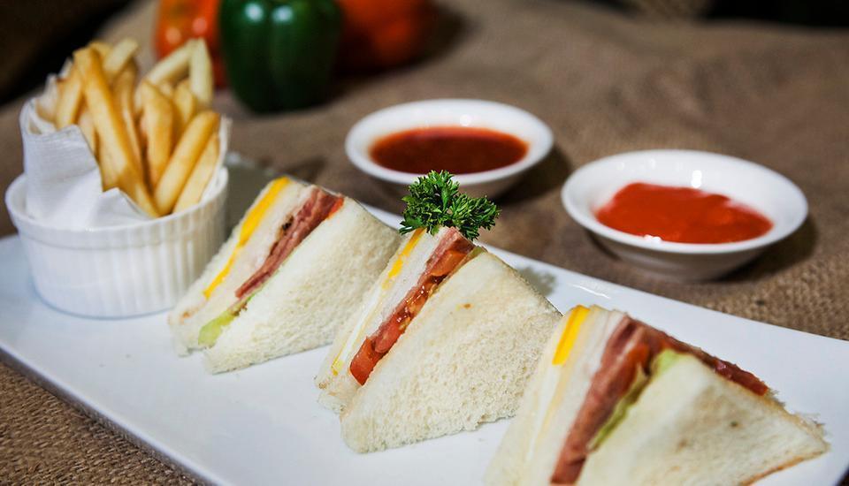 Hotel Horison Yogyakarta - Mini Sandwich