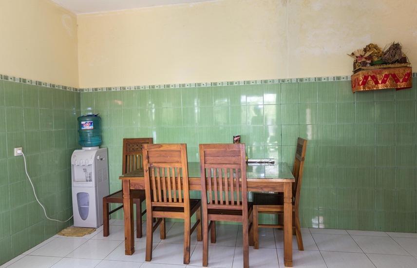 RedDoorz @ Bunut Sari Legian Bali - Interior