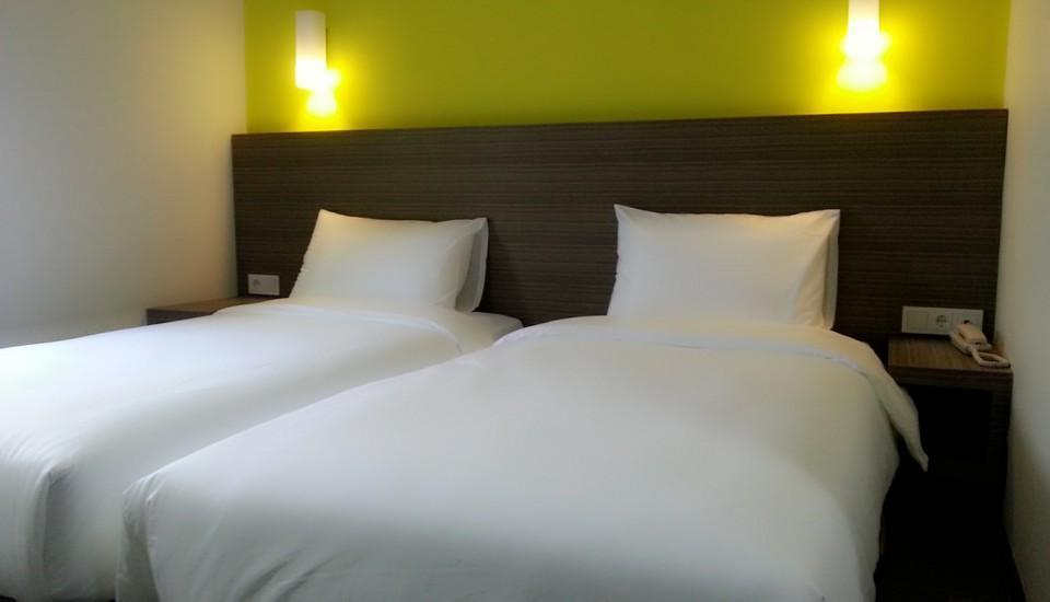 IZI Hotel Bogor - Standard Twin