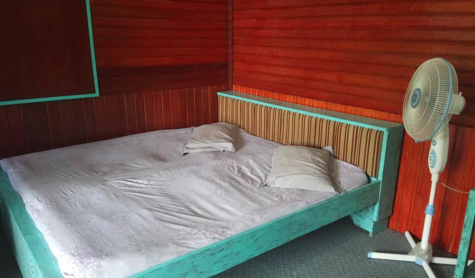 Bunda House Padang - Siti Manggopo (FAN,SHARED BATHROOM) Regular Plan